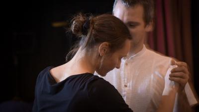 Tanzendes Paar, Foto: Carsten Schober | VINTSPIL.grafik
